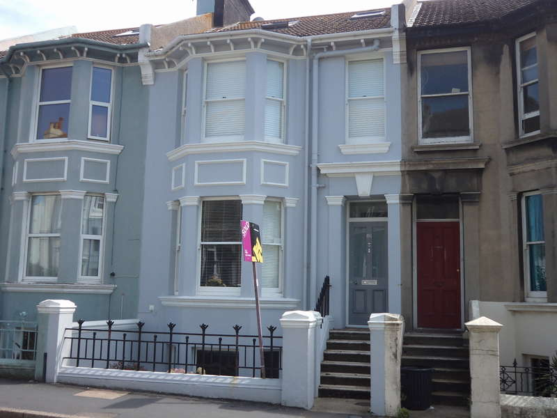 2 Bedrooms Flat for rent in Queens Park Road, Brighton