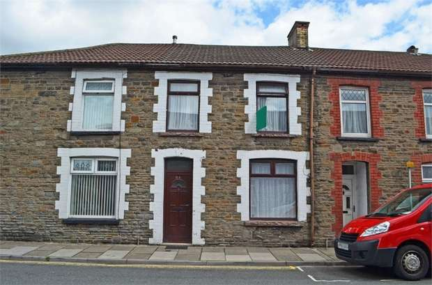 3 Bedrooms Terraced House for sale in Middle Street, Pontypridd, Mid Glamorgan