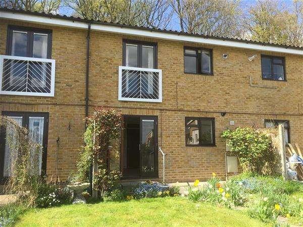 1 Bedroom Apartment Flat for sale in Ranston Close, Denham