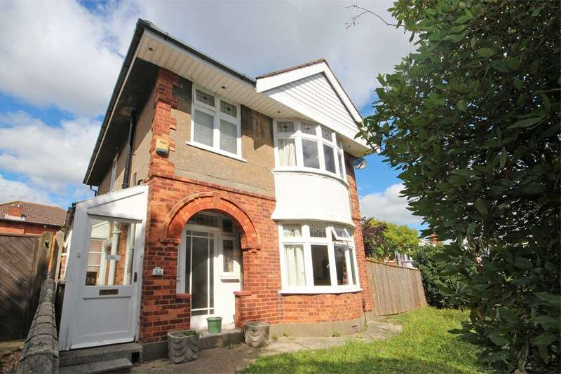 4 Bedrooms Detached House for sale in Clingan Road, Southbourne, Bournemouth