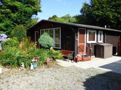 3 Bedrooms Bungalow for sale in Penarwel, Llanbedrog, Gwynedd, LL53