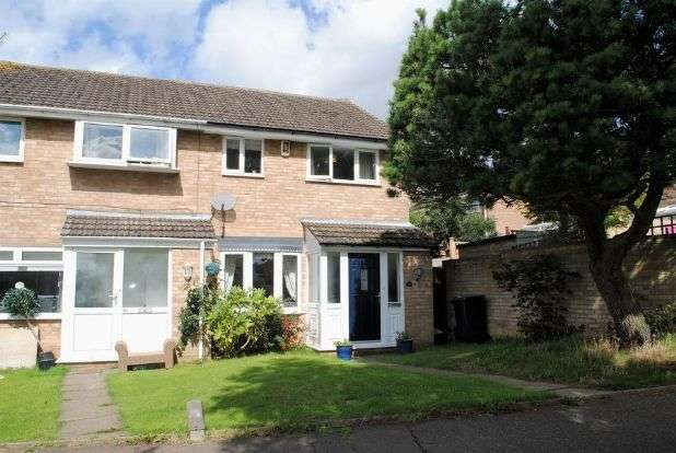 3 Bedrooms Semi Detached House for sale in Redland Drive, Kingsthorpe, Northampton NN2 8TU