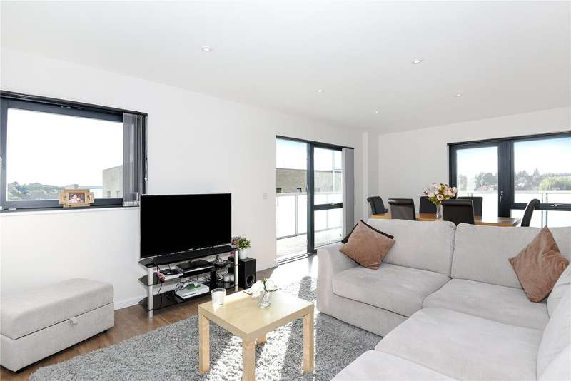 2 Bedrooms Apartment Flat for sale in Williams Way, Wembley, HA0