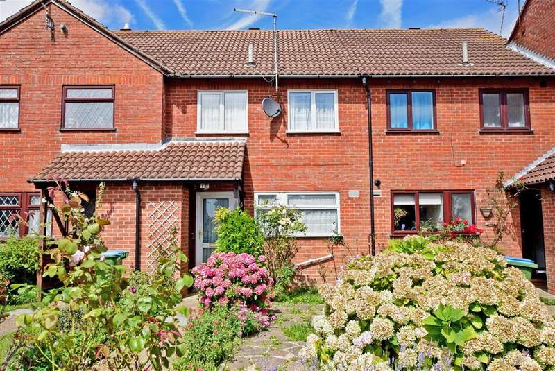2 Bedrooms Terraced House for sale in Wakehurst Place, Rustington, West Sussex