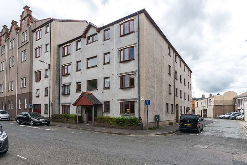 2 Bedrooms Flat for sale in Murieston Road, Dalry, Edinburgh, EH11 2JJ