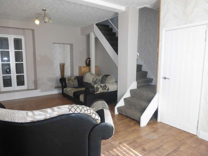 2 Bedrooms End Of Terrace House for sale in Caerphilly Road, Senghenydd, Caerphilly