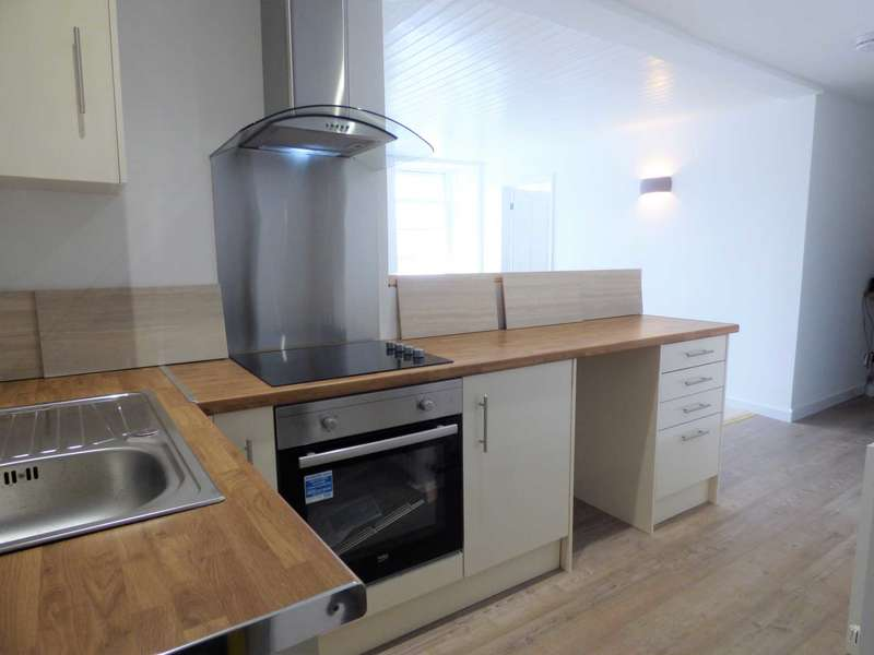 2 Bedrooms Flat for sale in Milton Street, Brixham