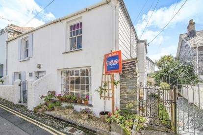 2 Bedrooms Terraced House for sale in Padstow, Cornwall, .