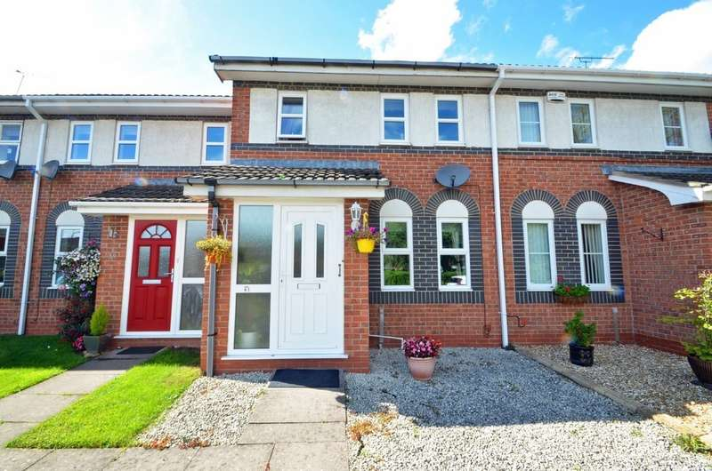 3 Bedrooms Terraced House for sale in Grendon Drive, Rugby