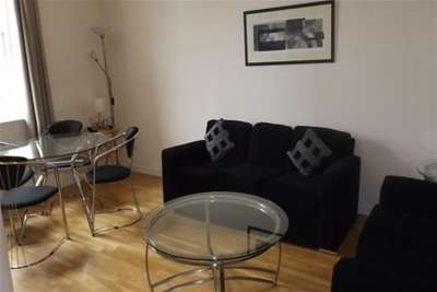 2 Bedrooms Flat for rent in GPO Building, South Fredrick Street, G1