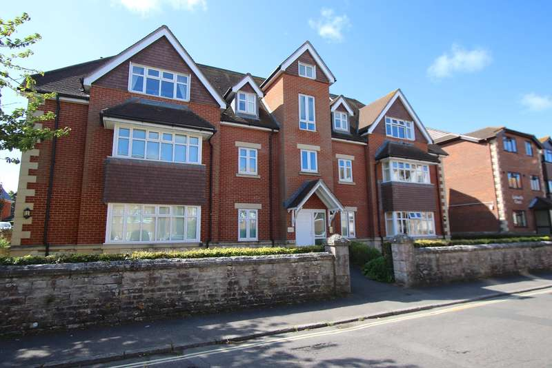 2 Bedrooms Flat for sale in CRANBORNE ROAD, SWANAGE