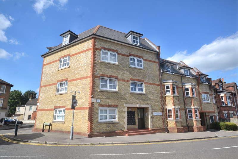 2 Bedrooms Flat for sale in Queens Road, Watford