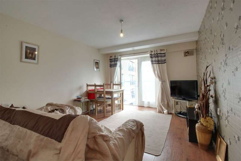 2 Bedrooms Flat for sale in Renaissance Court, 103 Bradford Street, BIRMINGHAM, West Midlands