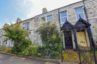 6 Bedrooms Terraced House for sale in Holly Avenue, Jesmond, Newcastle Upon Tyne, Tyne and Wear, NE2