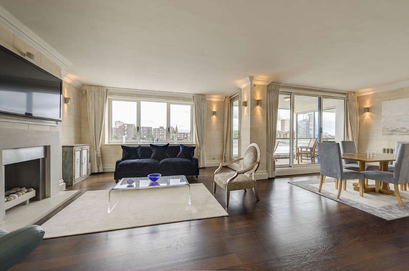 2 Bedrooms Apartment Flat for sale in Thames Quay, Chelsea Harbour, Chelsea