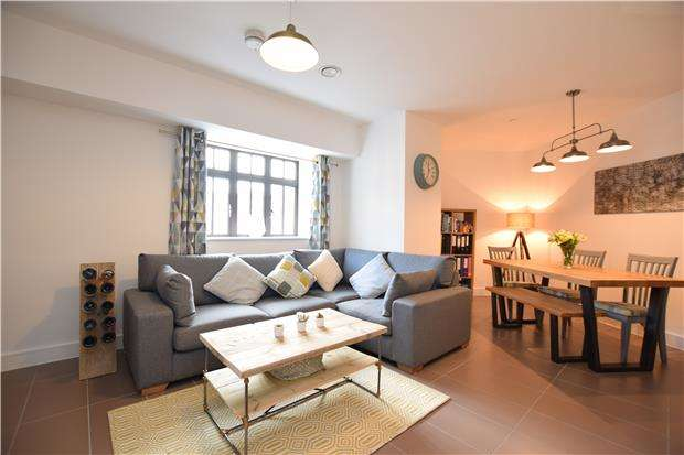 2 Bedrooms Flat for sale in Electricity House, Colston Avenue, Bristol, BS1 4TB