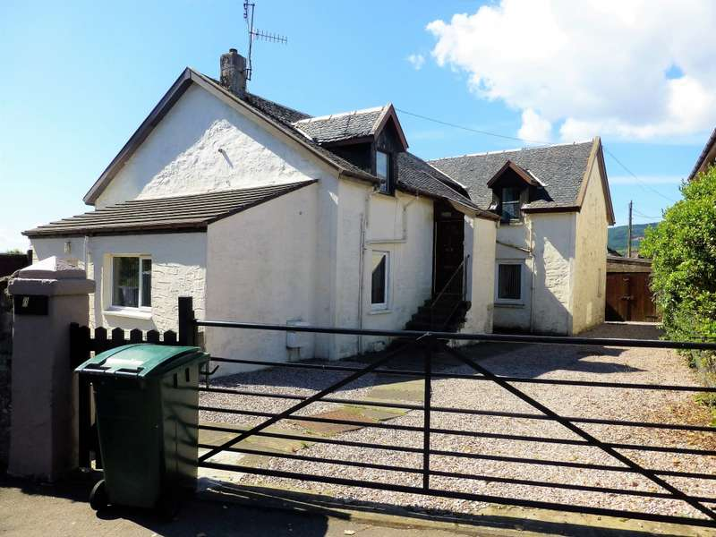 3 Bedrooms Flat for sale in 55 Queen St , Dunoon, PA23 8AX