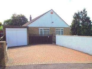 3 Bedrooms Bungalow for sale in Egerton Road, Dover, Kent