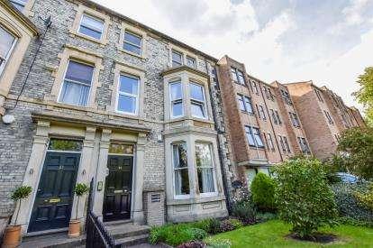 2 Bedrooms Flat for sale in Eslington Terrace, Jesmond, Newcastle Upon Tyne, Tyne and Wear, NE2