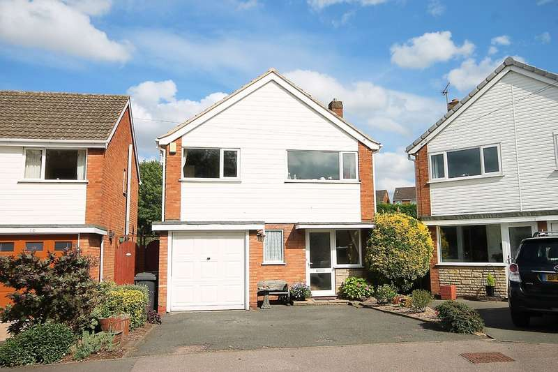 3 Bedrooms Detached House for sale in Longfield Close, Amington, Tamworth, B77 3BJ