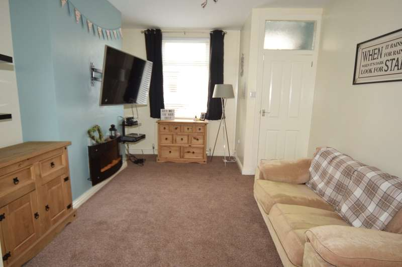 2 Bedrooms Terraced House for sale in Westmorland Street, Barrow-in-Furness, Cumbria, LA14 5AT