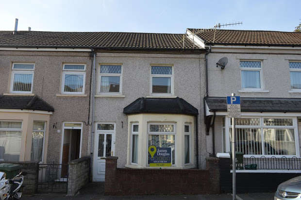 4 Bedrooms Terraced House for sale in , Oxford Street, Treforest, RCT, CF37
