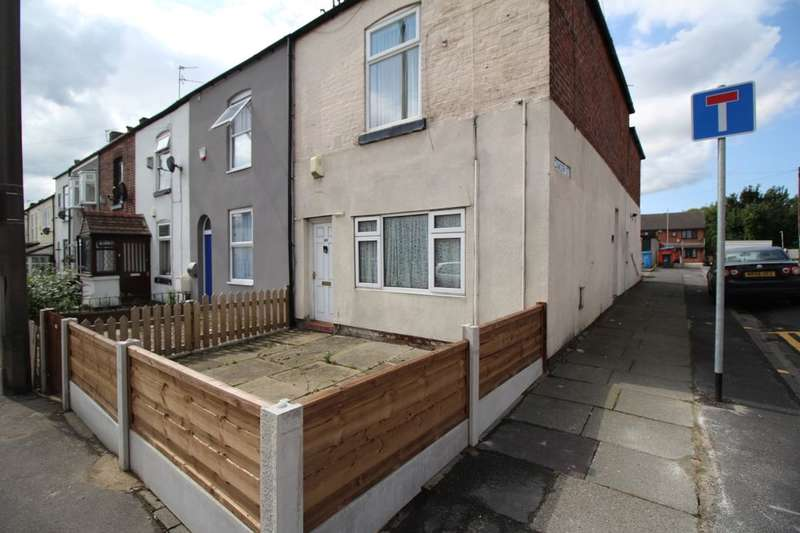 1 Bedroom Flat for sale in Moorside Road, Swinton, Manchester, M27