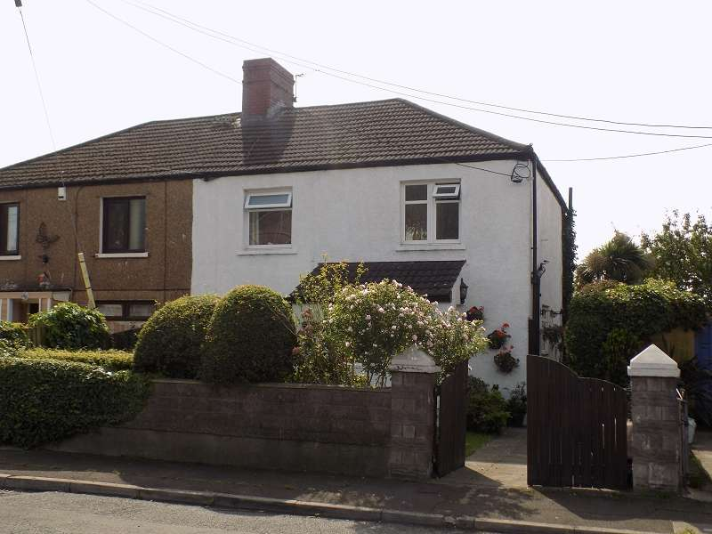 3 Bedrooms Semi Detached House for sale in Glan Y Mor Avenue, Port Talbot, Neath Port Talbot. SA13 2LN