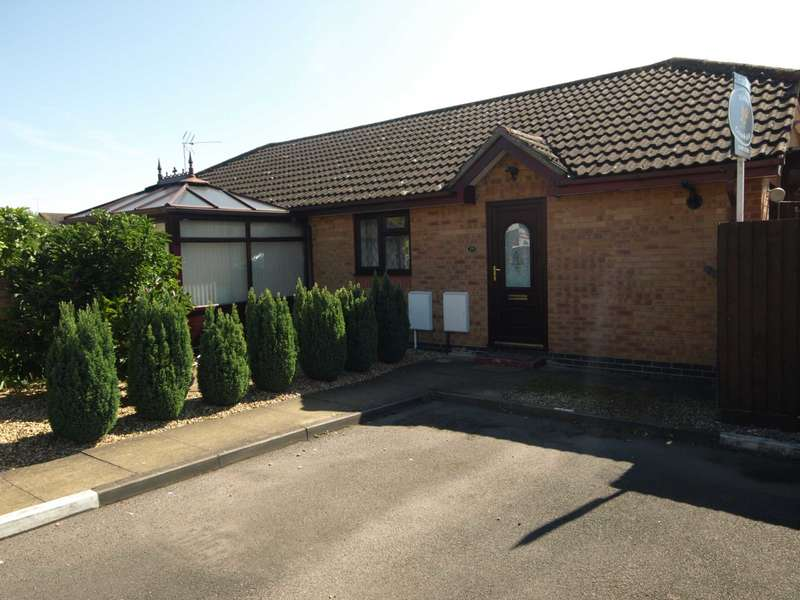 1 Bedroom Bungalow for sale in Ravencroft, Bicester