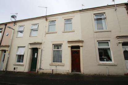 3 Bedrooms Terraced House for sale in Burton Street, Rishton, Blackburn, Lancashire, BB1