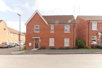 3 Bedrooms Detached House for sale in Upende, Aylesbury, Buckinghamshire