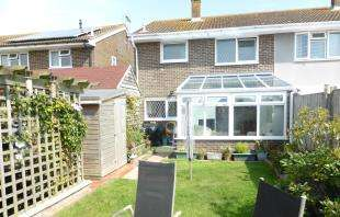 3 Bedrooms Semi Detached House for sale in Grassmere, St Mary's Bay, Romney Marsh, Kent