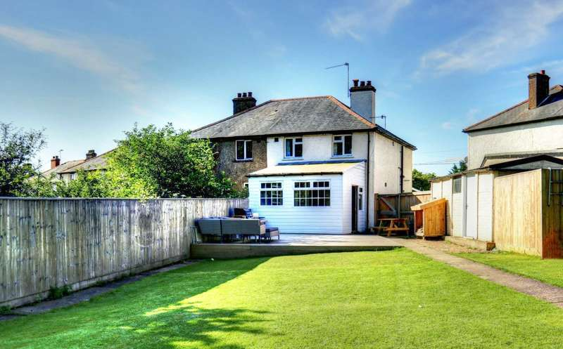 3 Bedrooms Semi Detached House for sale in New Road, Bolter End