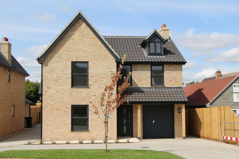 4 Bedrooms Detached House for sale in Burwell