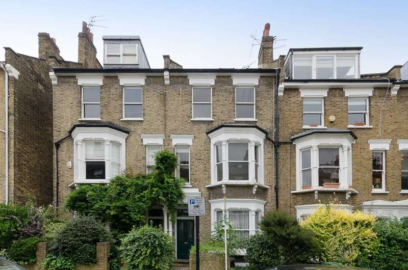 3 Bedrooms Maisonette Flat for sale in Courthope Road, Hampstead, NW3