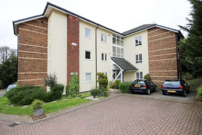 1 Bedroom Apartment Flat for sale in Rowantree Drive, Bradford, West Yorkshire, BD10