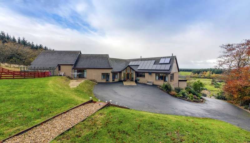 4 Bedrooms Detached House for sale in , Connage, Buckie, Moray, AB56 4AX