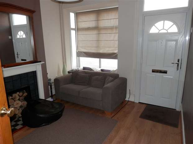3 Bedrooms Terraced House for sale in Wallace Road Selly Park Birmingham B29