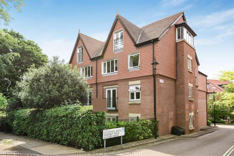 3 Bedrooms Apartment Flat for sale in Centenary House, The Avenue, York, YO30 6AU