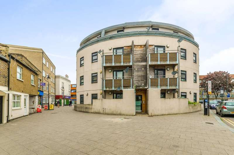 2 Bedrooms Flat for sale in Scotland Green, Tottenham, N17