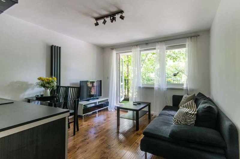 2 Bedrooms Flat for sale in Staveley Close, Peckham, SE15