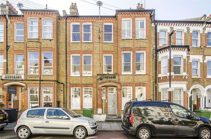 2 Bedrooms Flat for sale in Tremadoc Road, London, SW4