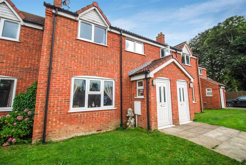 Terraced House for sale in Perrins Mews,, South End, Hogsthorpe, Skegness