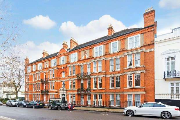 4 Bedrooms Flat for sale in Hampstead Hill Mansions, Downshire Hill, Hampstead Village, NW3
