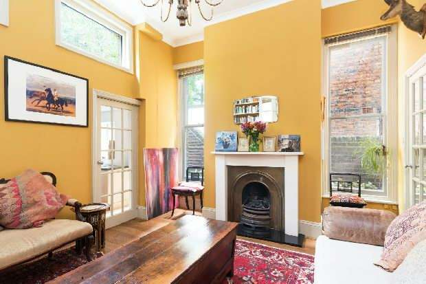 1 Bedroom Flat for sale in Lambolle Road, Belsize Park, NW3