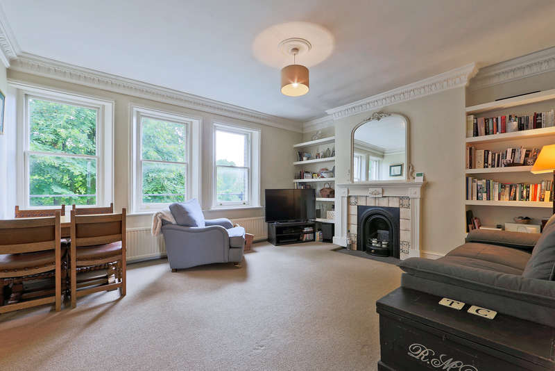 2 Bedrooms Flat for sale in Petherton Road, N5 2RD
