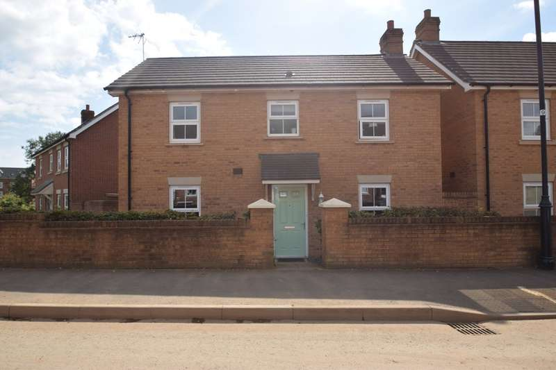 3 Bedrooms Detached House for sale in 32 Heol Stradling , Coity, Bridgend, Bridgend County Borough, CF35 6AN