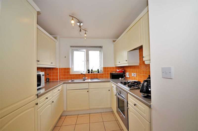 2 Bedrooms Apartment Flat for sale in Coopers Court, London