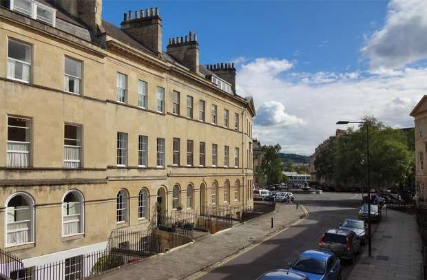 5 Bedrooms Town House for sale in 34 Henrietta Street, Bath