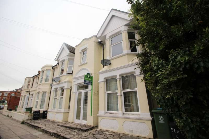 2 Bedrooms Flat for sale in Hewett Road, Portsmouth, PO2